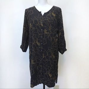 Ann Taylor Shift Dress Black Floral Button Front